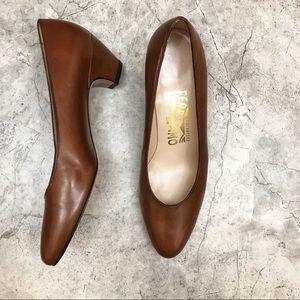 NEW// Salvatore Ferragamo {brown} pump
